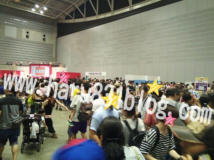 トミカ博11時過ぎの混み具合の写真