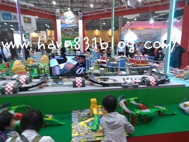 東京モーターショーのトミカジオラマの写真